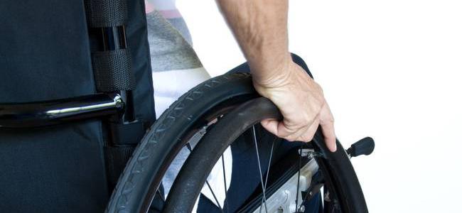 «Ψαλίδι» και στα αναπηρικά επιδόματα!