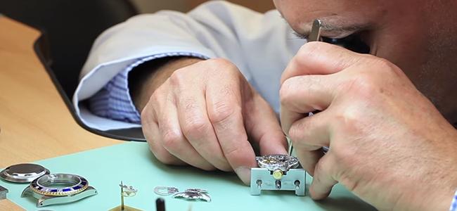 Δείτε πως φτιάχνεται ένα Rolex! (Βίντεο)