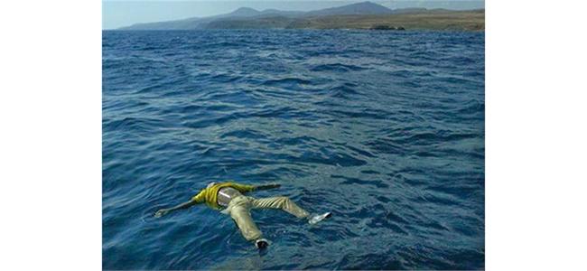 Σοκ-τώρα: Πτώμα επιπλέει στο λιμάνι της Σύρου!