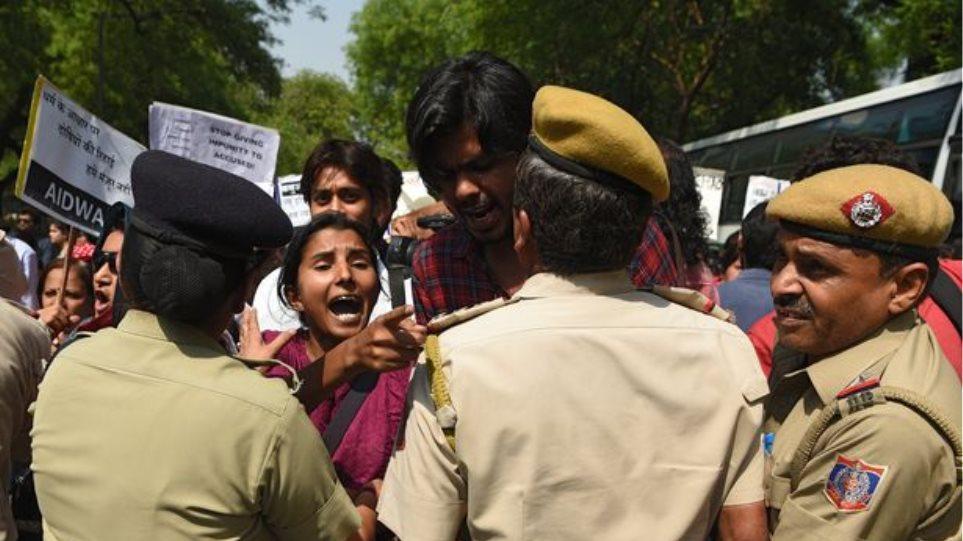 Φρίκη στην Ινδία: Ο θείος και τα αδέρφια της βίασαν και αποκεφάλισαν 12χρονη!