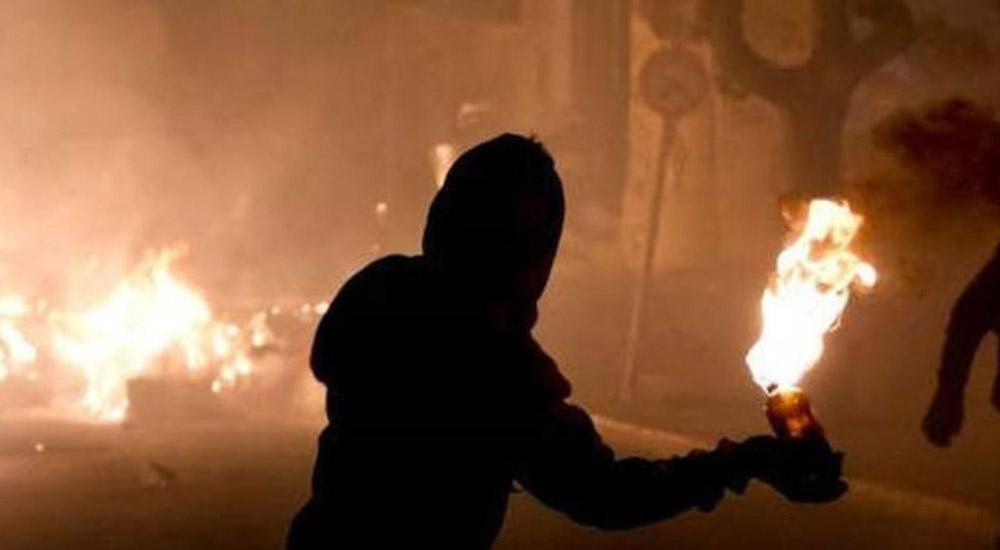 Ο ΣΥΡΙΖΑ προχωρά σε «αποποινικοποίηση» για την χρήση μολότοφ και κατοχή εκρηκτικών υλών !