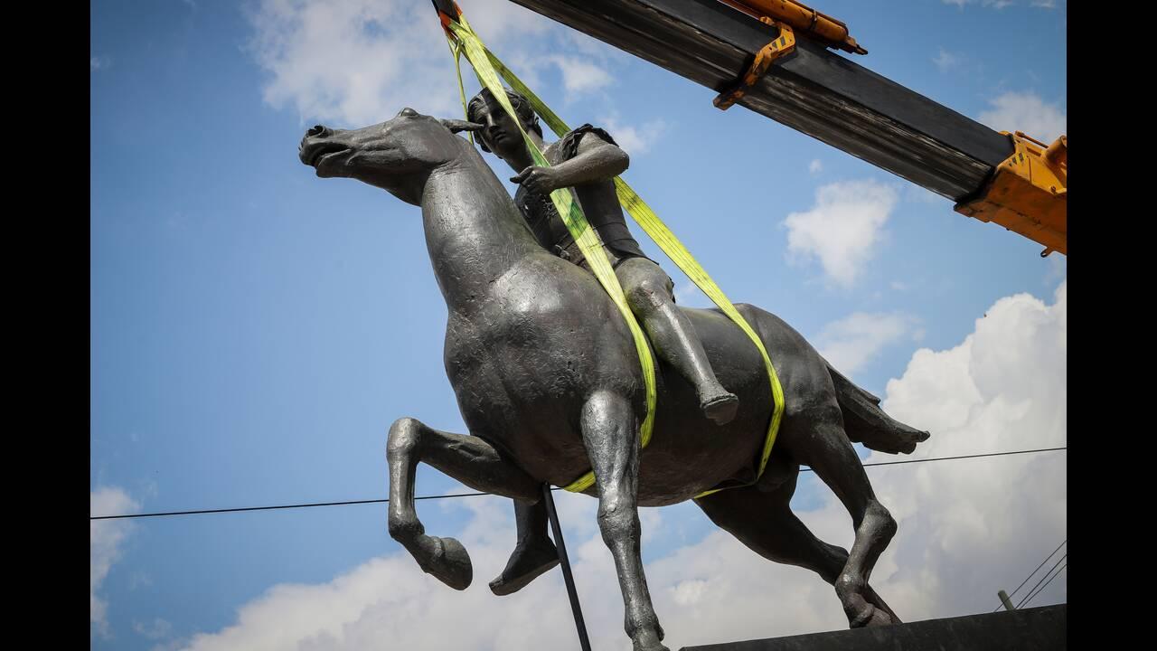Άγαλμα Μεγάλου Αλεξάνδρου στην Αθήνα - Φωτογραφίες #1