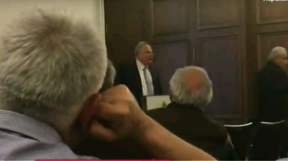 Κοτζιάς εναντίον πολιτών για τη Συμφωνία των Πρεσπών: «Βούλωσέ το και άκου, χουντικέ»! «Φασισταριά»! (Βίντεο)